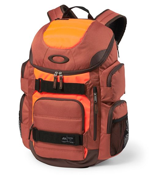 oakley bags zqe4  Oakley Enduro 30L Backpack