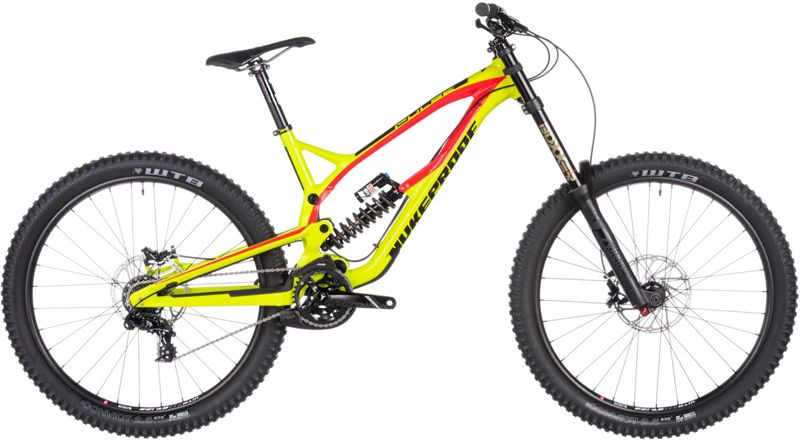 Nukeproof Pulse Comp DH バイク 2017